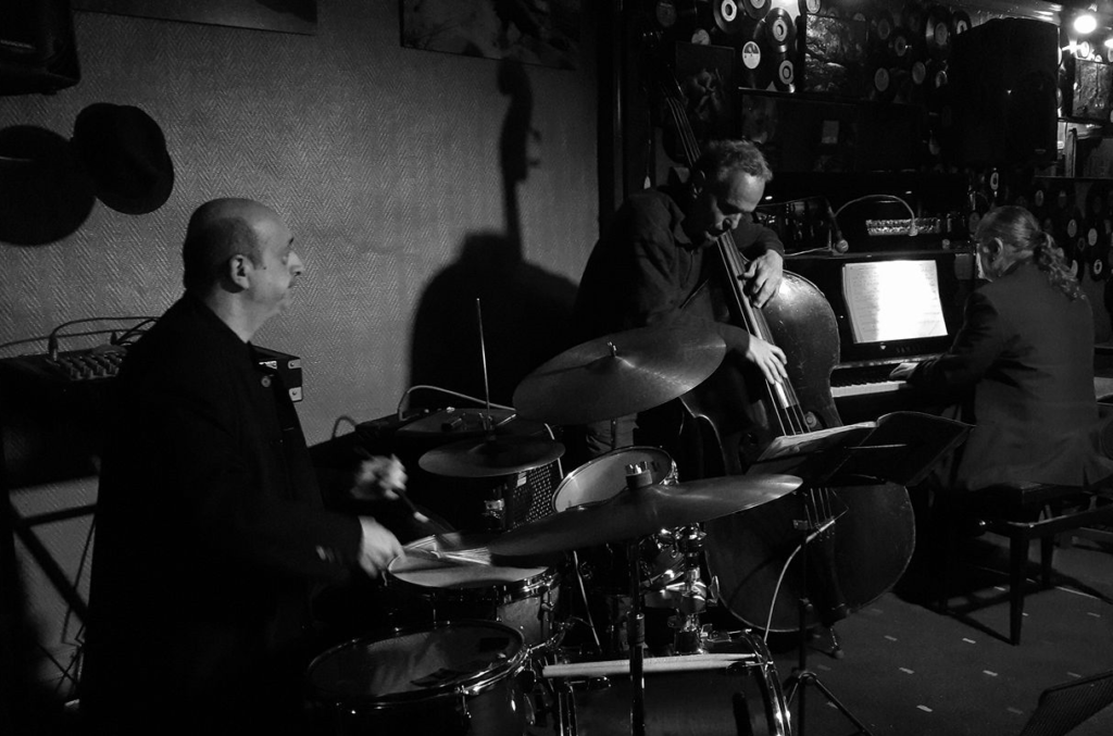 Piero iannetti, concert photo in jazz club, with Frédéric Chopin jazz project, at the Jam, Marseille.France